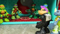 Ninja Turtles Mutant Bebop and Rocksteady Find TMNT Sewer Attacked by Jurassic World Raptor