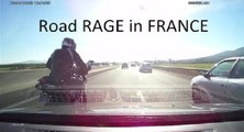 Un motard provoque un automobiliste sur l'autoroute A75