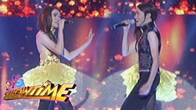 It's Showtime: Doble Cara performances