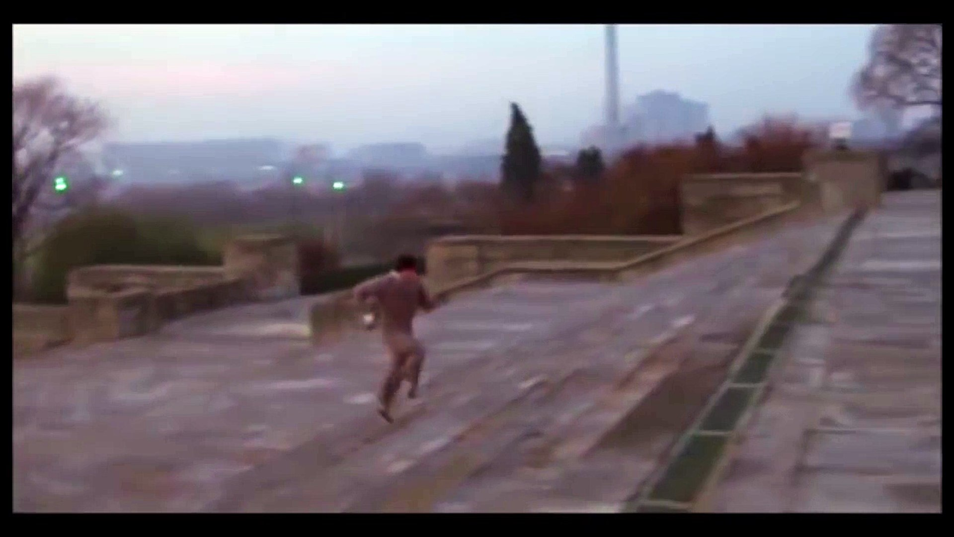 Rocky 1 avec le vrai son... Parodies énorme