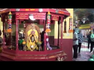 Guru Paarvai (Guru Paarka Kodi Nanmai)