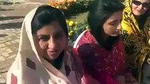 ہم پیسے دے کر علاج کروا رہے تھے اور ہمارا جیسا علاج اس کا بھی ہو رہا تھا جس کے پاؤں میں چپل نہیں تھی، یہ دیکھ کہ میں بہت حیران ہوگئی کہ کیا پاکستان میں بھی ایسا ہوتا ہے ایسا ممکن ہے میں بہت مطمئن ہوں میں نے شوکت خانم میں اپنے والدین کے نام
