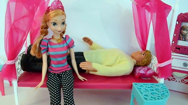 Frozen Anna do Filme Frozen colocando Gabriel e Luiza pra Dormir em Portugues Completo Tot