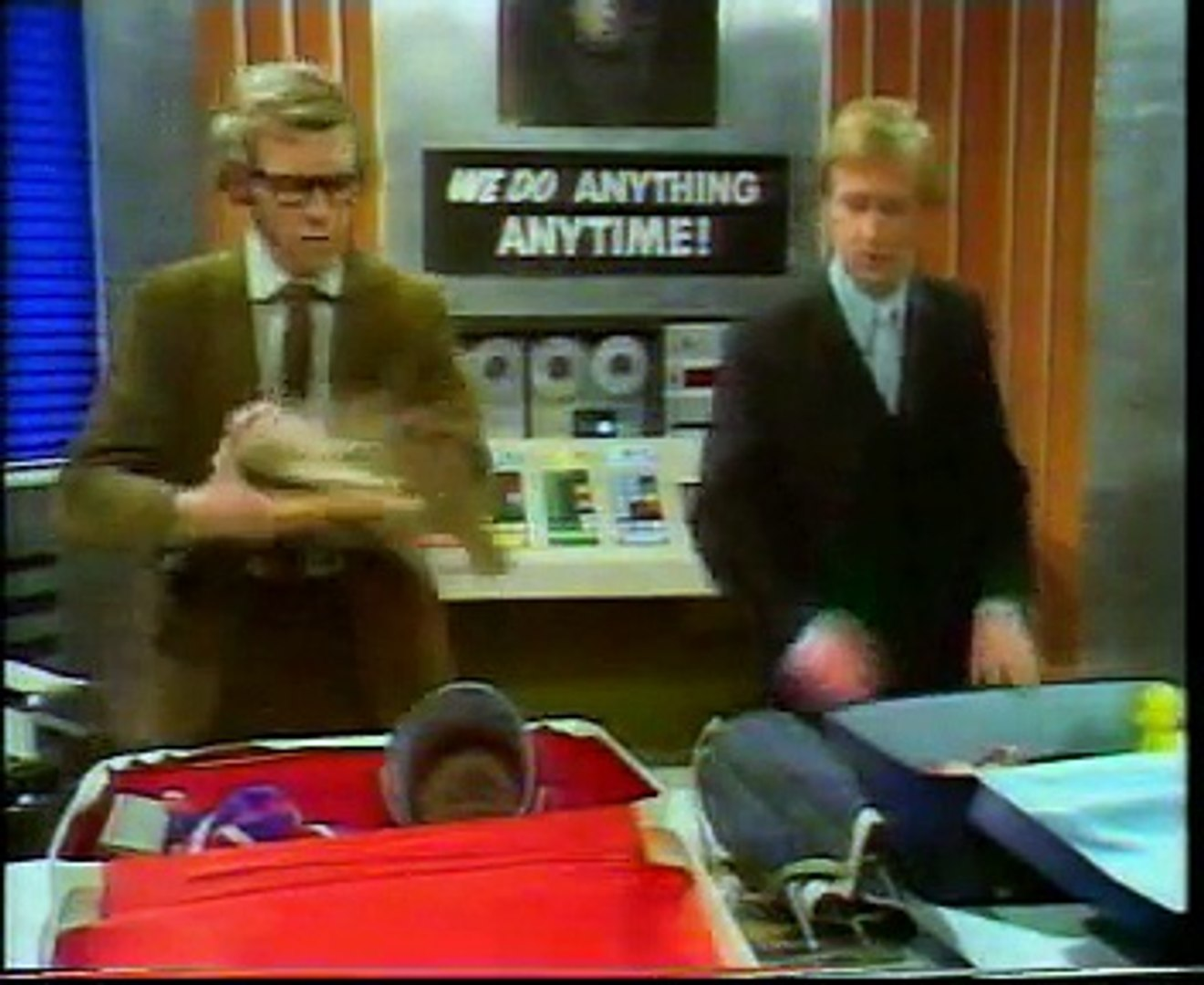 The Goodies S1E05 - The Greenies - video dailymotion