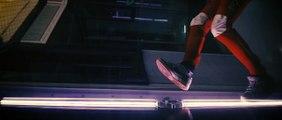 World-Champion Skydiver Turns Free-Falling Into Art