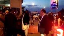 """""""Aap Har Hakoomat Se Mil Jaate Hain Lekin Hum Pathanon Ke Haq Main Nahi Bolte"""" - Maulana Fazal Rehman Se Swal Par Dekhain Maulana Ka Reaction"""