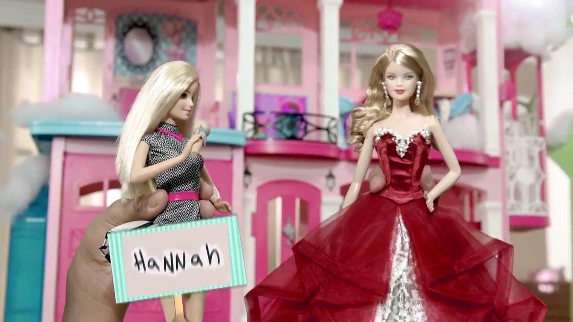 Holiday Barbie | LIVE! Barbie and Friends | Barbie