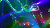 Tommy Lee Drummer stuck on Drum Roller Coaster during Show in Las Vegas!