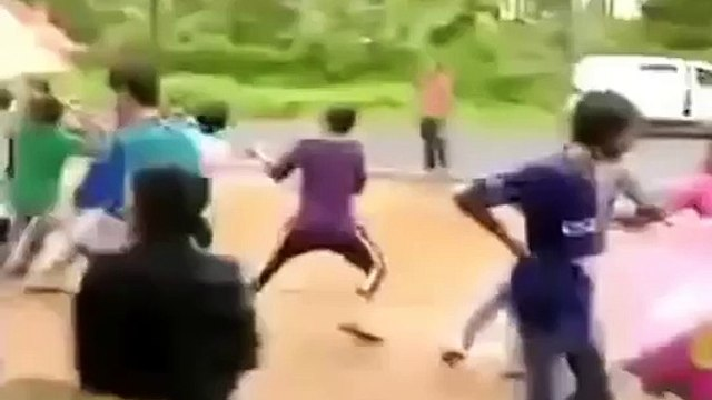 KERALA FUNNY ACCIDENTS VIDEOS INDIA - INDIAN FUNNIEST ACCIDENT CRASHES COMPILATION