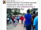 Una multitud 6 Dic 2015 abuchea al gobernador de Sucre Luis Acuña