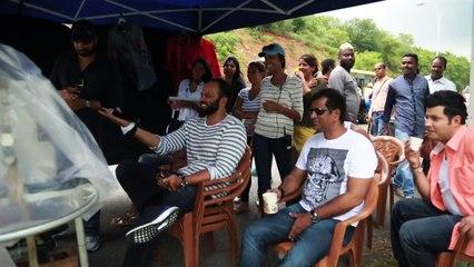 Dilwale - Madness on the set - Kajol, Shah Rukh Khan, Kriti Sanon, Varun Dhawan