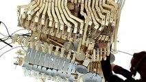 Marble Machine : une machine musicale avec des billes
