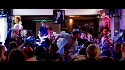 AKKA groupe BEST MOMENTS live PARIS 2015 covers Piaf, Berger, Mars, Desireless, Beyonce, Franklin...