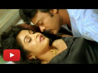 """Iddaru Mitrulu"" Full Telugu Movie (1999)   Chiranjeevi, Ramya Krishnan [HD]"