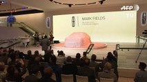 Lincoln launches flagship Continental, Nissan new truck concept