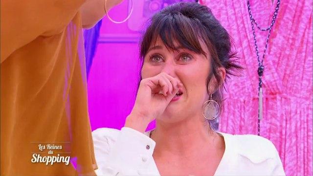 Une candidate fond en larmes devant Cristina Cordula - Les Reines du Shopping - 09/01/2016 - M6