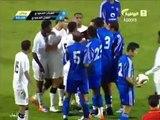 lustige Fußball ein Spieler bekommt eine Dusche in der Mitte des matches echt witzig video