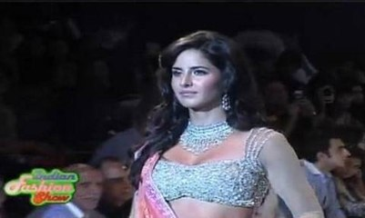 Katrina KAIF In IIJW Fashion Show