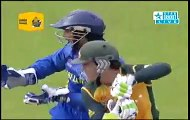 Ajantha Mendis bowling out Ricky Ponting in a T20 match. Mendis excellent delivery to Ponting. Rare cricket video