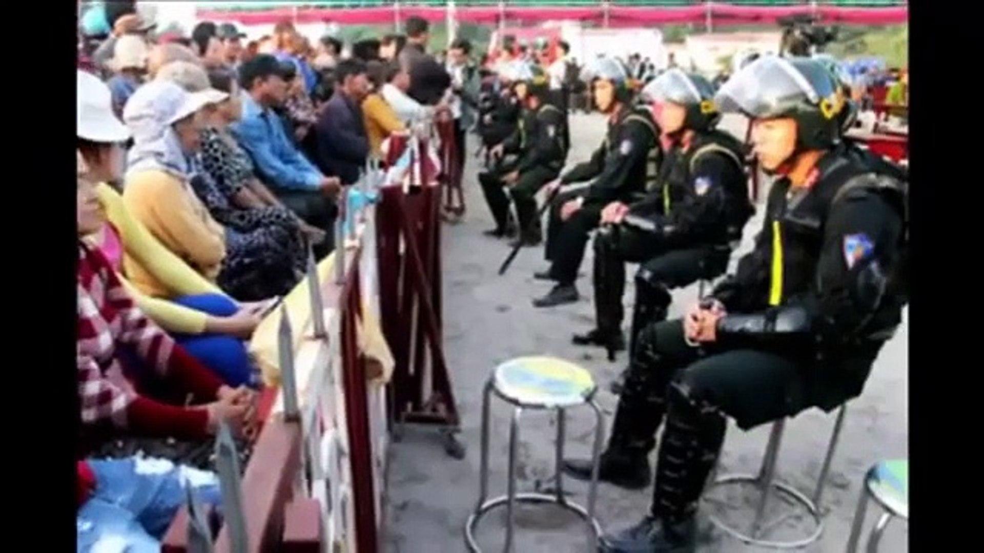 Thảm sát ở Bình Phước Trực tiếp: Xét xử vụ thảm sát 6 người trong gia đình (Hình ảnh)
