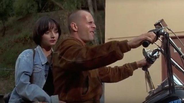 Pulp Fiction :  Zed is Dead - Bruce Willis / Quentin Tarantino