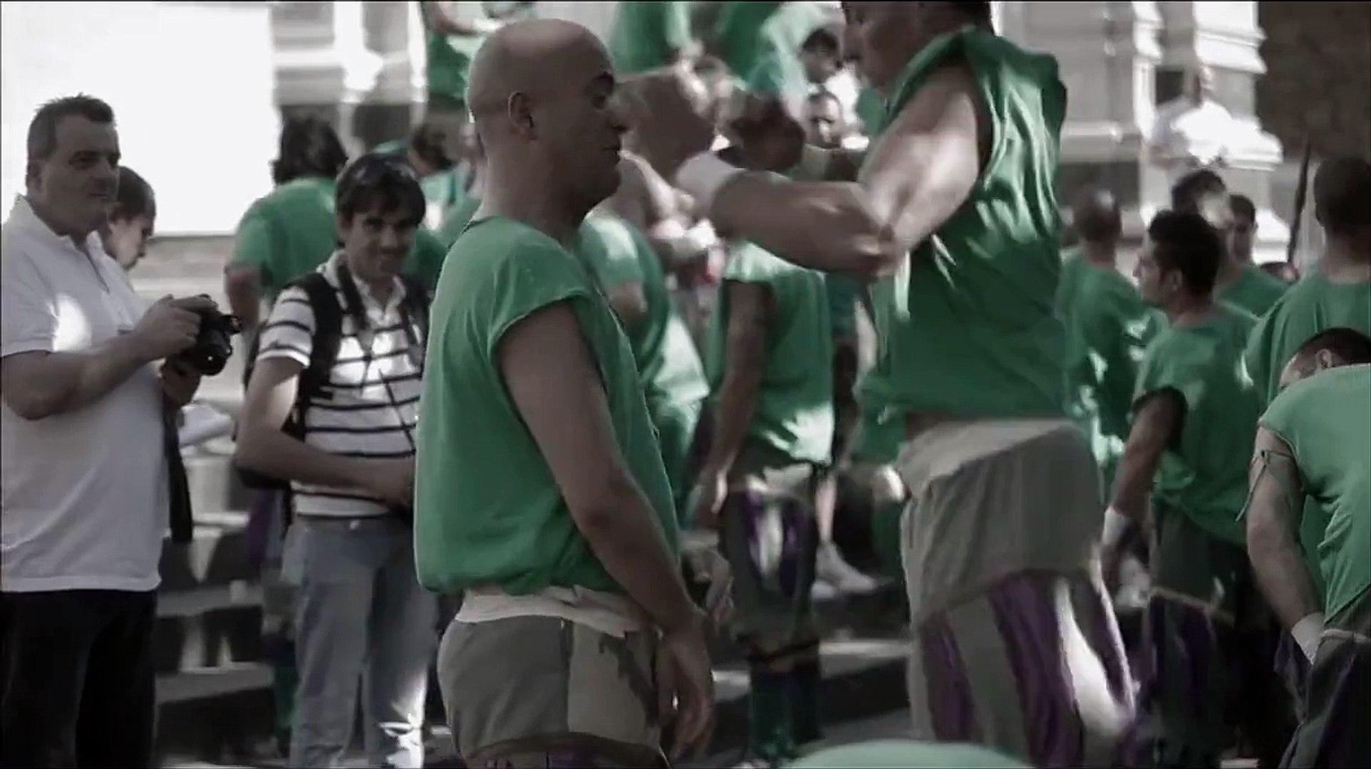 un sport de ouf ,réservé au homme ,et pas a ses joueur de foot ,qui tombe des qu on les touche a pei