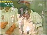Funny Indian cricket moment, Agarkar raises his bat after scoring a single, after 7 ducks!. Rare cricket video