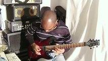 Yann Negrit joue une reprise de « All By Myself » à la guitare électrique