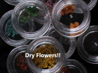 nail art tutorial with dried flowers