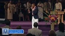 Kelontae Gavin Ministers at Power of God Convocation 2015
