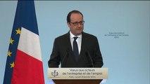 """Hollande : """"Comme le dit le ministre Macron, il est plus facile de trouver un client qu'un employeur..."""""""