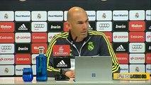 Zinedine Zidane se Enfada con la Prensa sobre la sanción de la FIFA al Real Madrid • 2016 (Latest Sport)