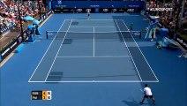 Open d'Australie : Benoît Paire fracasse sa raquette lors de son premier match !