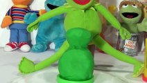 Play Doh Kermit the Frog from Sesame Street - Play Doh Creations