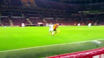 Sneijder conseillé par des supporters du Galatasaray