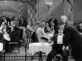 Charlie Chaplin City Lights (1931)clip 3