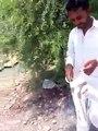 perdasi bhai apnon per gusa nikalty huway kia style hy gusa nikalny ka
