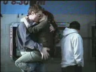 Ray Ban - Never Hide...Kiss