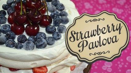 Strawberry Pavlova   Comamos Casero