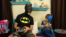 Batman and Little Batman Superheroes Guessing Game with Surprise Eggs and Spiderman Toy Box