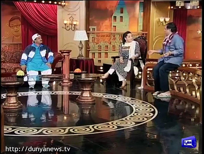 Azizi As Fashion Designer Hilarious Parody In Hasb E Haal Video Dailymotion