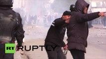 Tunisie : la police continue de réprimer la manifestation contre le chômage