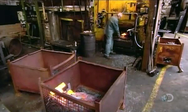 How Its Made – Shovels and Spades