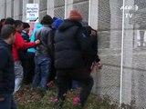 Manif, contre-manif: la tension monte à Calais confronté à la forte présence de migrants
