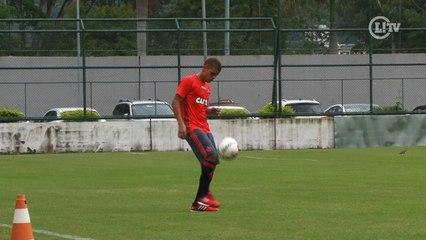 Cuéllar chega ao Flamengo mostrando habilidade no