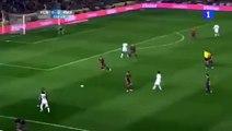 Shakira на гол Ronaldo в ворота Barselona (Shakira viendo el gol de Cristiano Ronaldo)