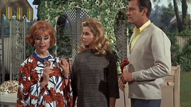Bewitched S6 E01 - Sam And The Beanstalk