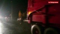 Agriculteurs. La RN12 bloquée au niveau de Belle-Isle-en-Terre