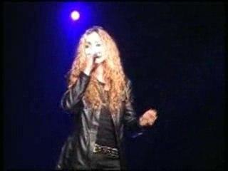 Rikounet 83 une chanteuse qui a beaucoup de talent