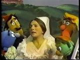 "Classic Sesame Street - Luis Reads \""The Sad Princess\"" (w. Judy Colliins)"